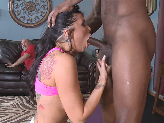 Cuckold husband, observed as a black man with a huge cock as he fucks, the mouth and the tits to his wife
