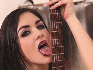 european skinny brunette with titties Lullu Gun fucked in a porn casting