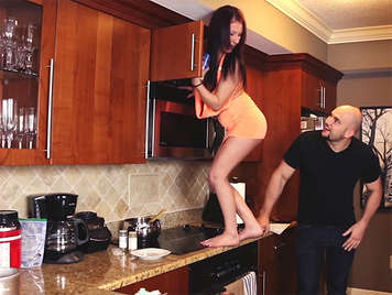 Sex in the kitchen with the little stepsister