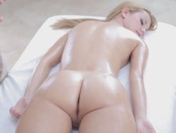Sensual massage with a happy ending to a cute redhead