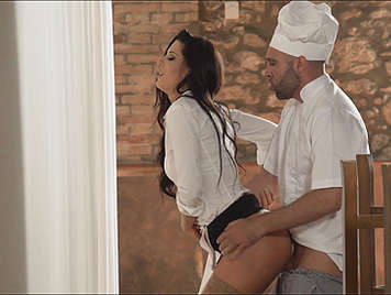 Alexa tomas seducing a spanish beauty public pick ups 3