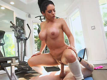 Exuberant Italian busty milf fucked in the gym