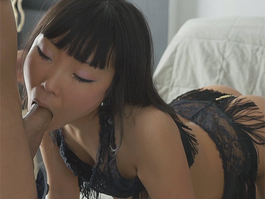 Cute asian babe loves sucks a big dick