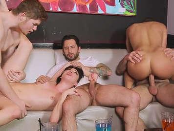 Rich girls drunken orgy sex between them