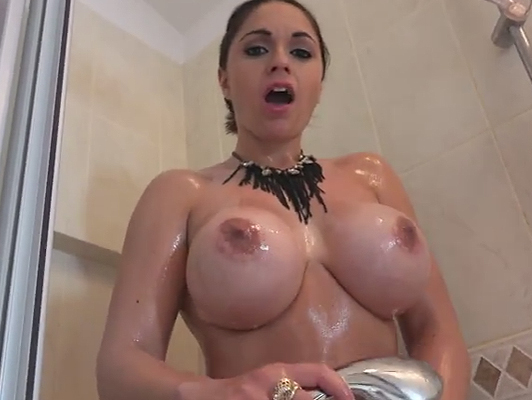 homemade sex with a brunette with big tits in the shower