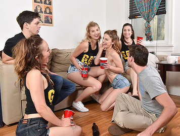 Room party of college girls fucking drunks