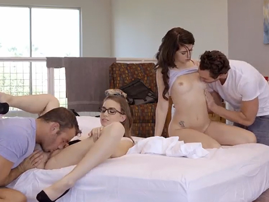 sesso quartetto tra studenti e docenti
