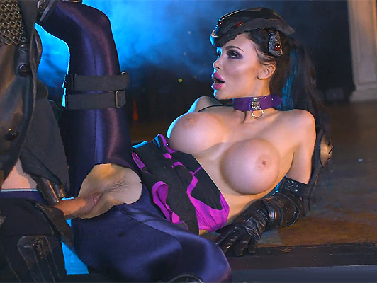 Busty avenger of the space fucks the big cock of a pig and hot space villain