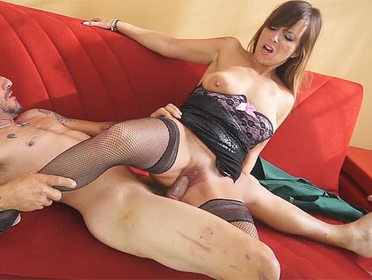 sesso anale, con una donna matura, amatoriale italiana