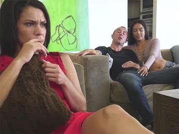 sesso con sorellastra latina