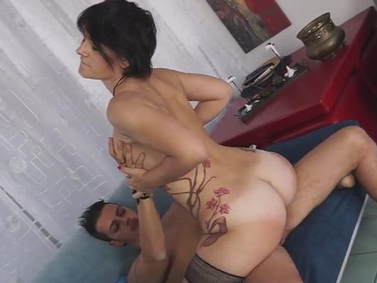Casting porno casero a una madura italiana