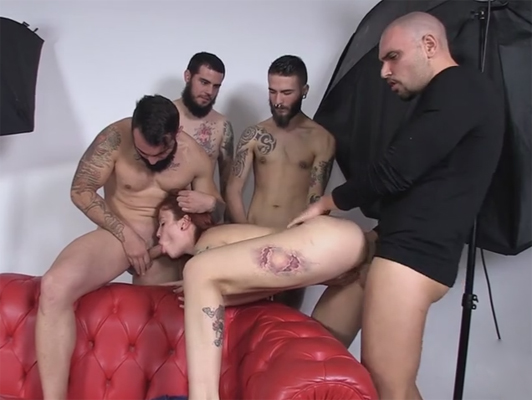 The tattooed and redheaded Spanish pornstar Lilyan Red fucked by 4 guys