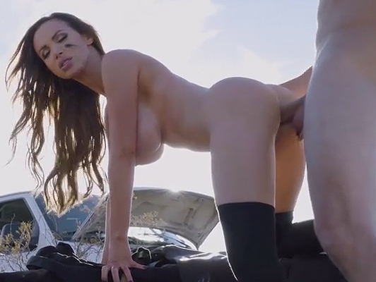 Fucking in the desert with a mature busty