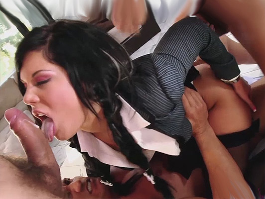 double penetration three cocks for a schoolgirl with dilated asshole