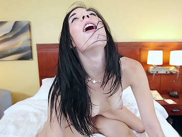 Amateur brunette with powerful hips rides a cock in a porn casting gets a facial cumshot