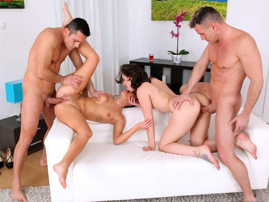Quartet with two horny young girls in their first scene