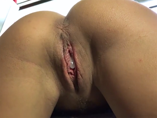 Internal cumshot in his stepdaughter's pussy
