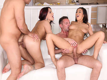 Foursome in the kitchen with Darcia Lee and Lyen Parker