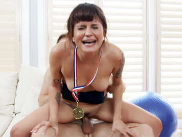Sexual sport with an Olympic athlete who wants a good load of cum in her mouth