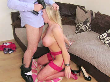 Fake agent buggers a milf big tits and cums on her ass
