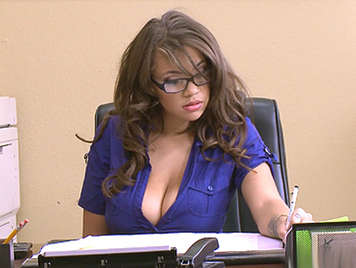 Cassidy Banks is the new busty and hungry secretary of sex
