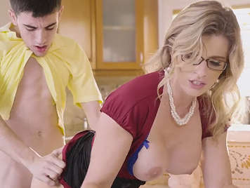 The jordi niño polla fucking busty mature in gafitas