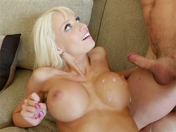 Fucking with a blonde milf with big tits covered by a good cumshot of hot cum
