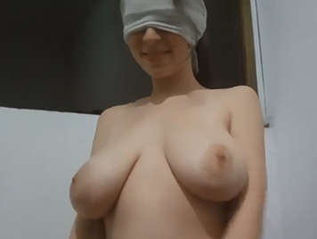 Very big natural tits in homemade video fucking with the boyfriend.