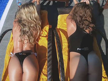 Threeway fucking two asses of Pornhub in the pool