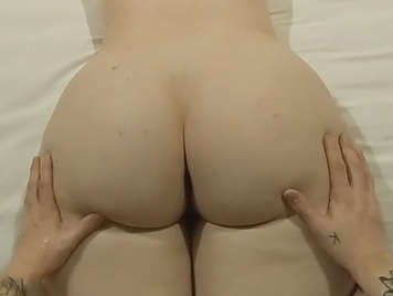 He does a massage on her ass and tits and finishes fucking her ass and filling it with a good cumshot