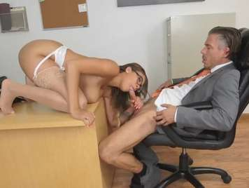 fucking with the boss in the office xxx