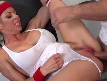 blonde gets turned on at the gym, hard sex xxx