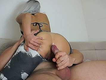 Homemade amateur blonde gets creampie