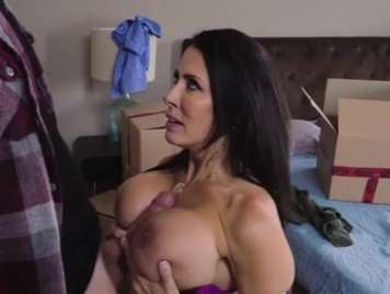 Mature fucks her stepson in the middle of moving