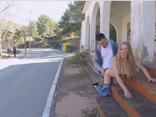 A spectacular blonde fucking in public