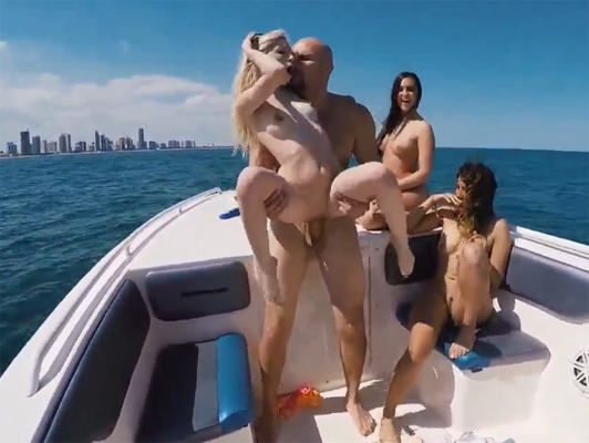 Sexual foursome at the boat