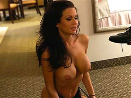 The milf Veronica Avluv is your prostitute