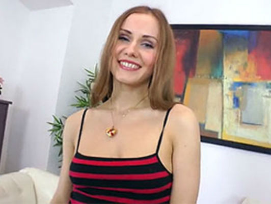 Sesso anale con una ragazza dall'Europa dell'Est