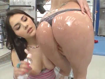 Italian beauty Valentina Nappi covered in oil anal video