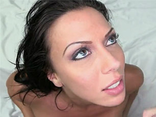 cock-sucker brunette with big blue eyes