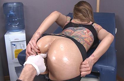 sex masage på Fyn Mette Cornelius bryster