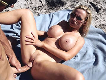 Nikki Benz fucking on the beach