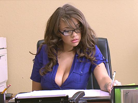Cassidy Banks, a daring secretary