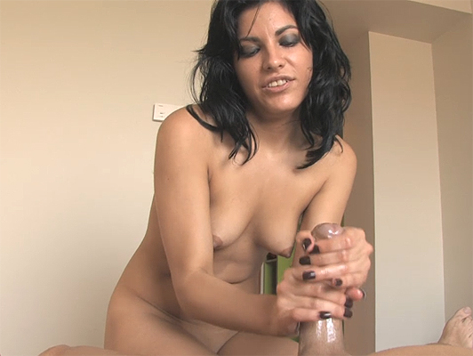 Handjob with a happy ending of a horny Latina