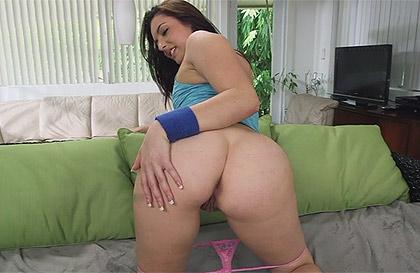 X chicas desnudas moviendo el culo