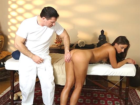 So che una massaggiatrice che può aiutare