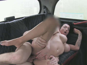 Cute brunette tattooed English girl, with a nice pair of tits fucked in a taxi