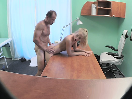Recorded with hidden camera fuck the wife of his boss and filled with semen on a glorious Cumshot