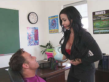 Fucking in class with a busty female teacher with a great ass that she likes to be fucked hard and cumshot into her mouth and on her tits