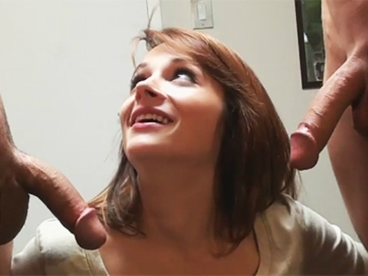 College girl has threesome with two guys for the first time